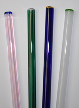 4 straws with colored ends